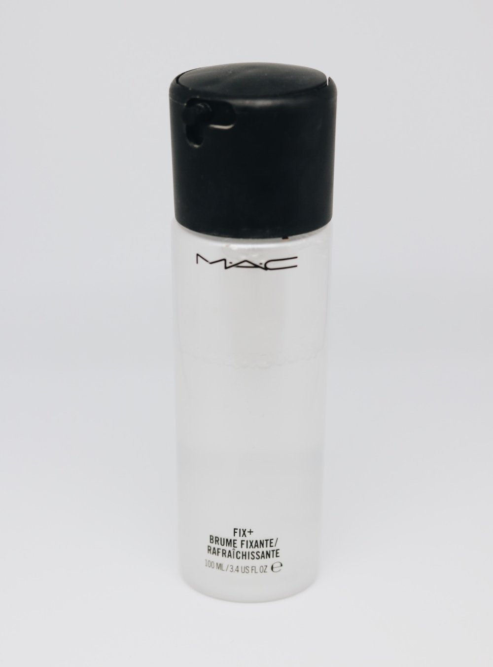 mac fix plus setting spray canadian beauty blogger brittany lauren brittany laurens saskatoon