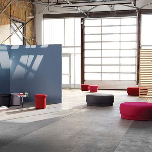 Keilhauer Doko lounge collection, Branden table