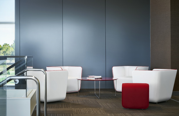 Cumberland Elle Lounge, Slide tables, Elle ottomans