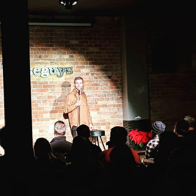 Wearing my new shirt/jacket on stage. . . Photo credit: @jordzmakin . . #ShirtJacket #New #Comedy #Wiseguys #Fashion #Hip #Selfie