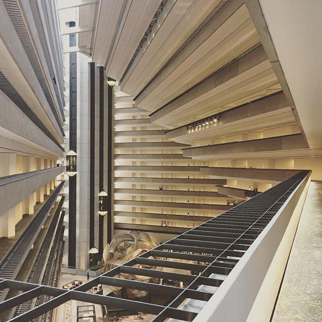 John Portman, atrium as public space