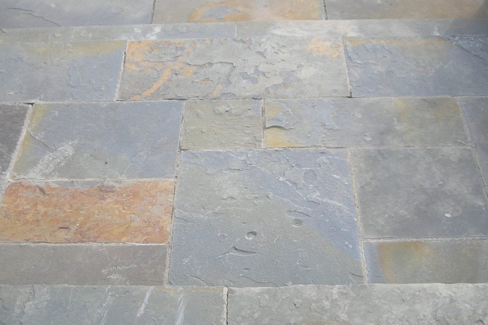 1-Alcove Natural 6_ Multiple Flagstone.JPG