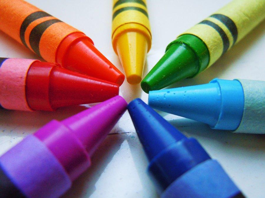 Photo:http://img07.deviantart.net/7f58/i/2011/161/c/7/rainbow_crayons_by_atom001-d3ijb6d.jpg