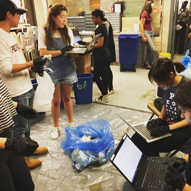 Had a great time sorting with the @nyucas zero waste team on Friday! Can't wait to see what this group can do for #NYU. #zerowaste #recycling #compost #wasteaudit