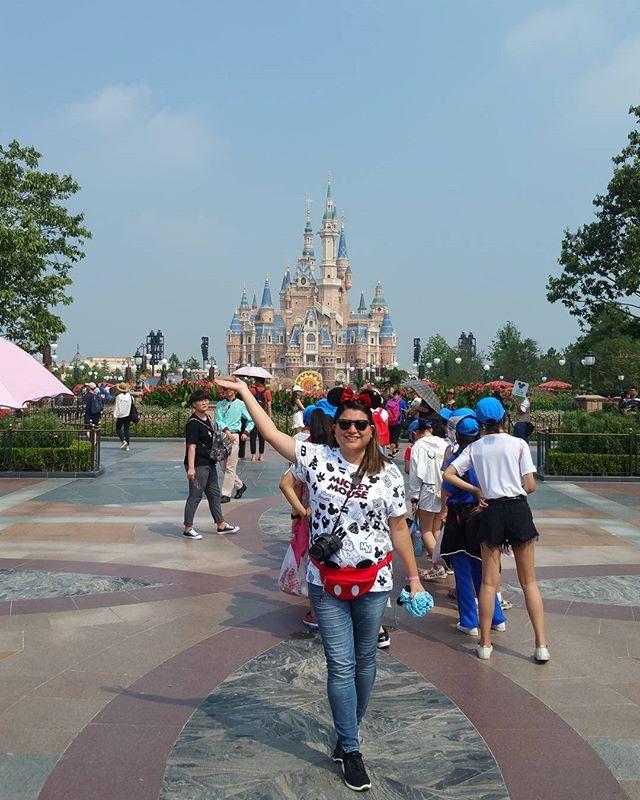 Excited is an understatement 😍 . . . . #honeymoon #amazing #Shanghai #China #ShanghaiDisneyland #Disneyland #DisneyParks @visitchina #VisitChina #awesome #liveadventurously #theoutbound #traveltuesday #awesome #adventure #liveauthentic #trip #travel #travelgram #traveling #travelblog  #travelphotography #instapassport @disneylandshanghai #passionpassport #instatravel #wanderlust #wandering #welivetoexplore #exploremore #neverstopexploring #summer