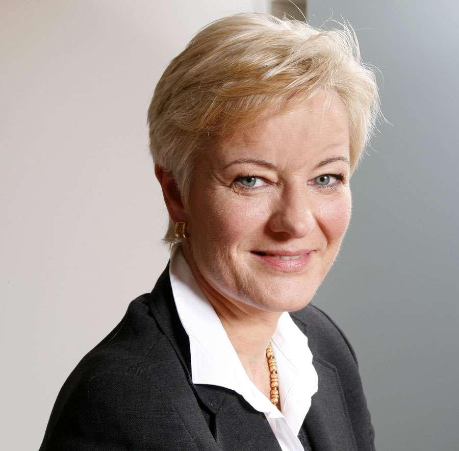 Ingrid Deltenre Biography