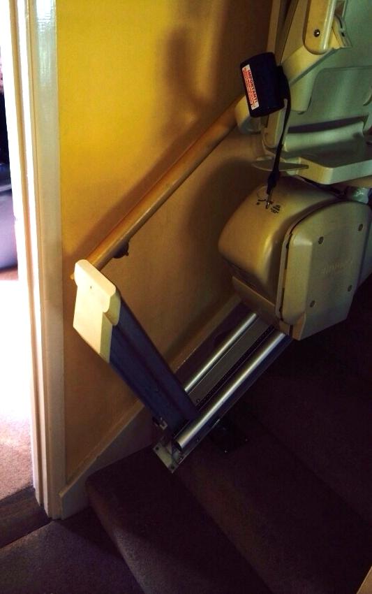 hinged rail up 2.jpg