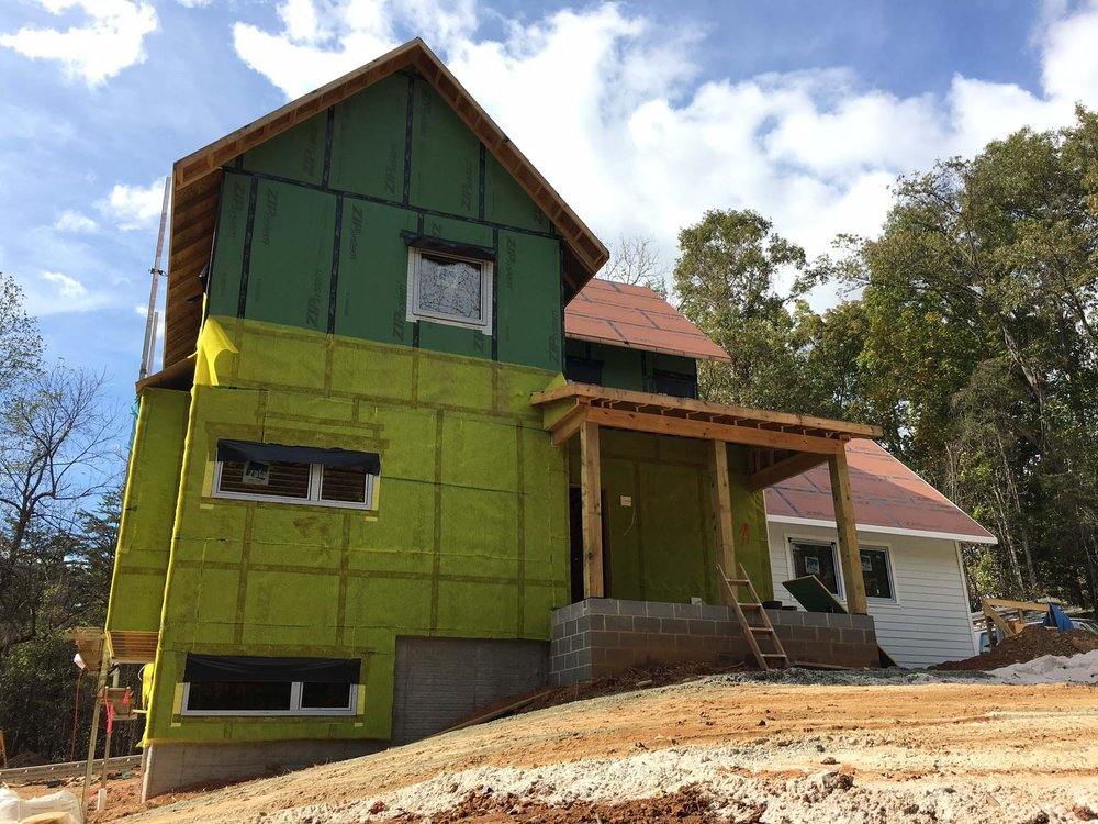 Photo: Ben Sties / Homeslicker installation over R6 Zip Sheathing