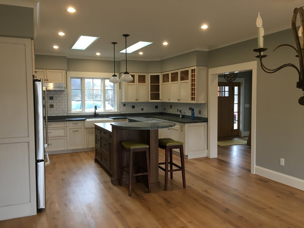 Kitchen toward Entry.JPG