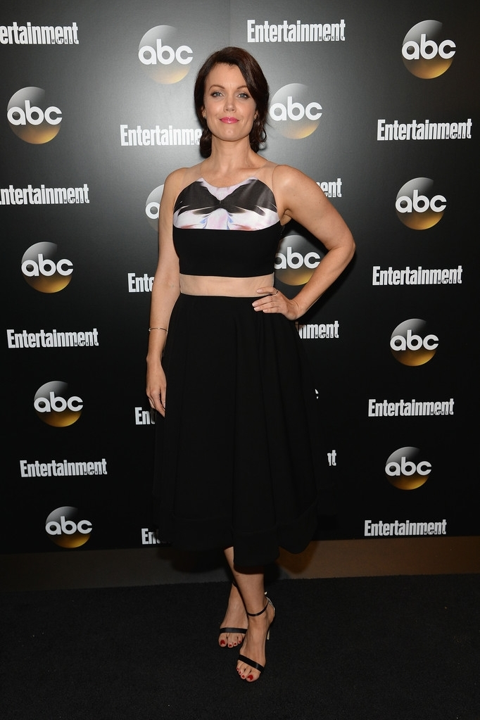 Bellamy-Young-Entertainment-Weekly-ABC-Upfronts-Party.jpg