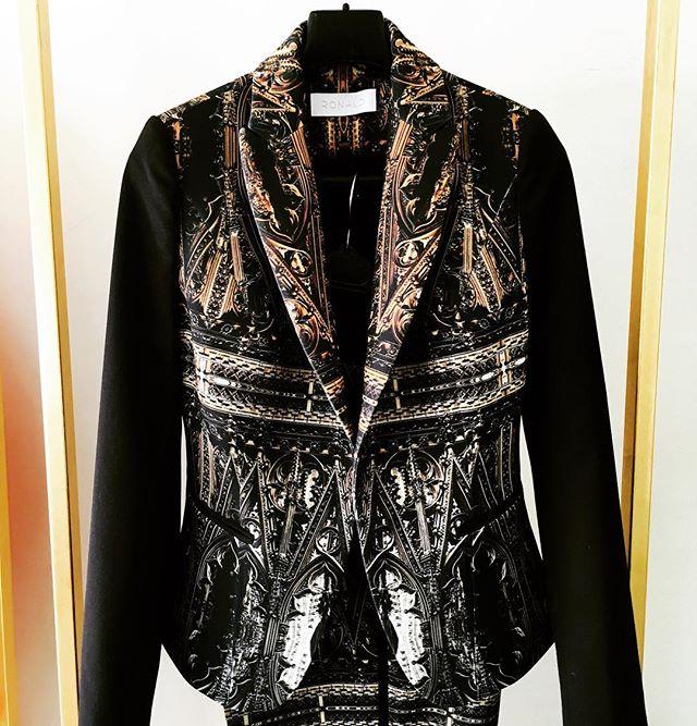 @houseofronald #fw16 #fashion #londonfashion #milanfashion #beirutfashion