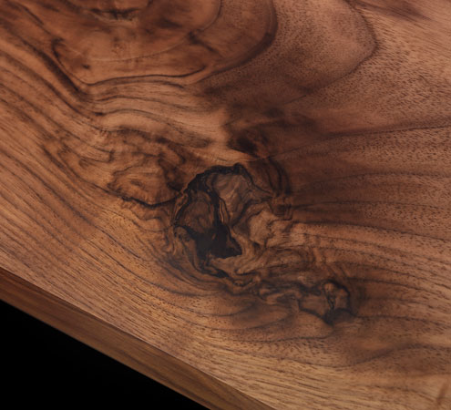 Il-Pezzo-6-solid-walnut-detail.jpg