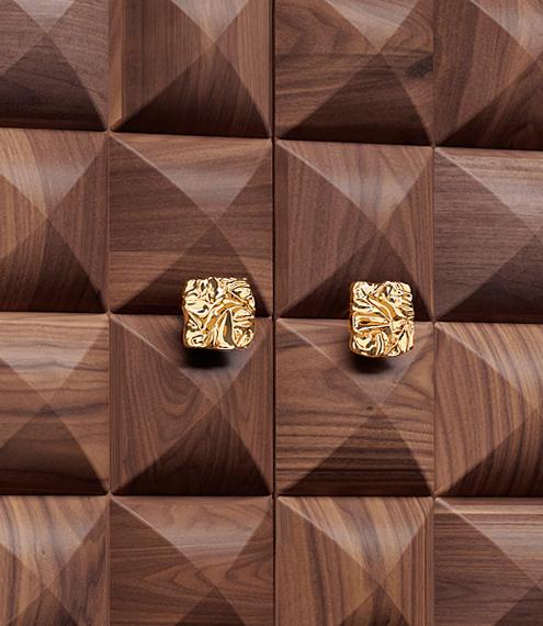 Il Pezzo 10 Dresser made of solid walnut by Il Pezzo Mancante