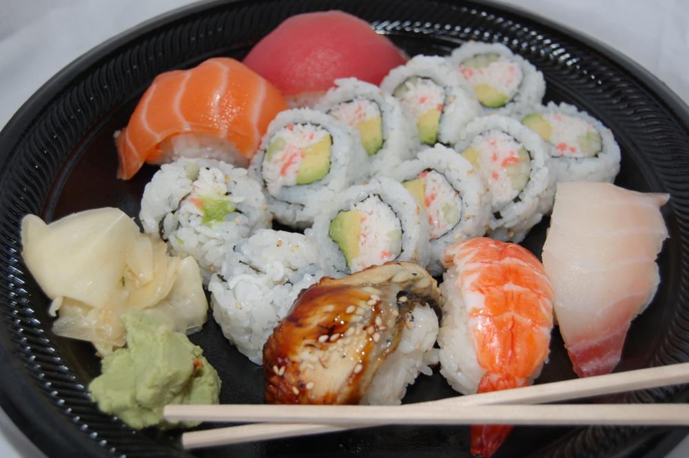 Mixed sushi Brandi 0163