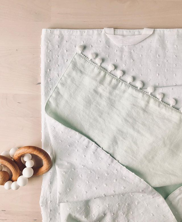 This sweet Everyday Co. Baby Blanket is up for grabs in today's FLASH SALE! Head to our Instagram stories to scoop it up!