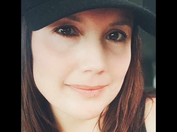 April Cruz Owner & Trainer - Read My Bio
