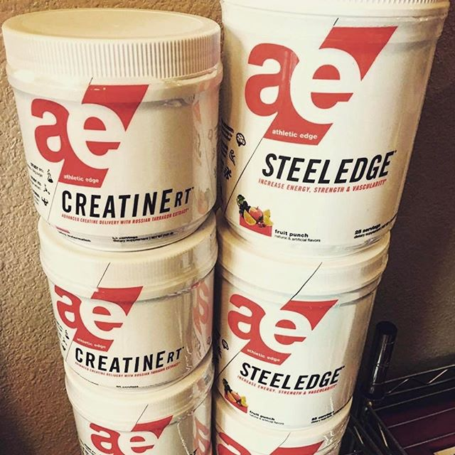 @aa.ron.lifts doing a giveaway💪🏽 ・・・ First Giveaway time! Up for grabs: (1) 20 serving container of Juicy Watermelon CreatineRT and (1) 25 serving container of Fruit Punch SteelEdge. HOW TO ENTER: Tag 2 friends in the comments below. Must be following myself and @aenutrition to win. Contest is open to US addresses only and will end this Friday March 31st at 6pm MST! GOOD LUCK 👍