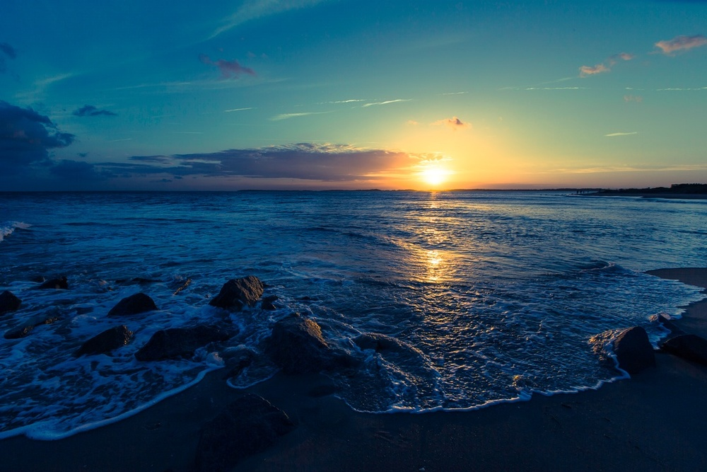 The abstract world of kindness through sunsets & beaches