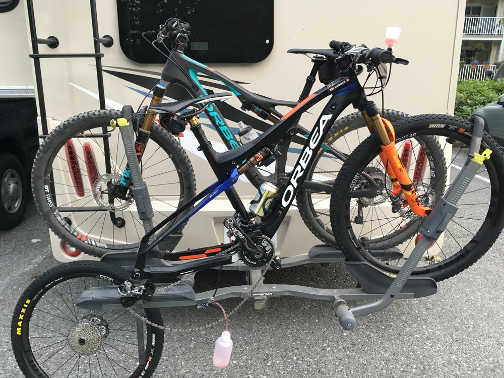 Dave is being creative with a repair-rack! He changed my brake lever yesterday after I broke it in the crash. Special thanks to Catharine for sharing her rack with us this week!