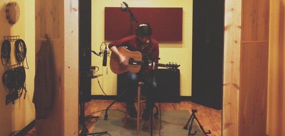 BJSR - Dal Segno studio - recording guitar A.jpg