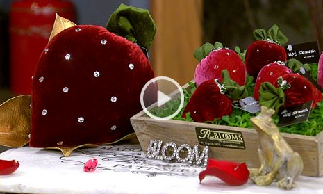 amnw-blooms-hot-skwash-strawberries-valentines.JPG