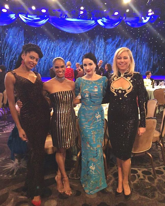 Such a special moment at @abtofficial American Theatre Ballet Gala last night W @ditavonteese ❣️ I'm in total awe & admiration of sis @mistyonpointe 😍😍