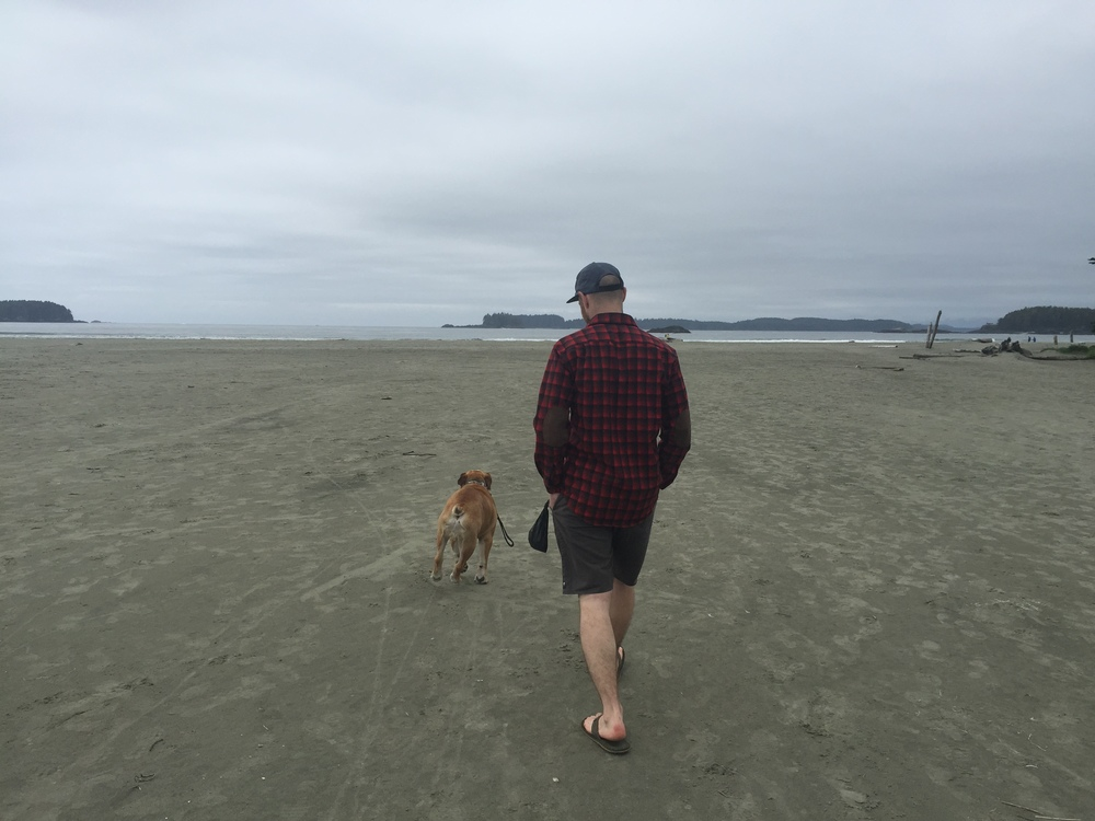 smallswell-tofino-beach-walk