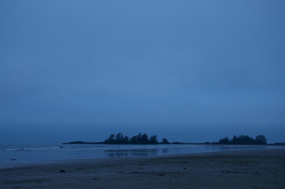smallswell-tofino-beach-night