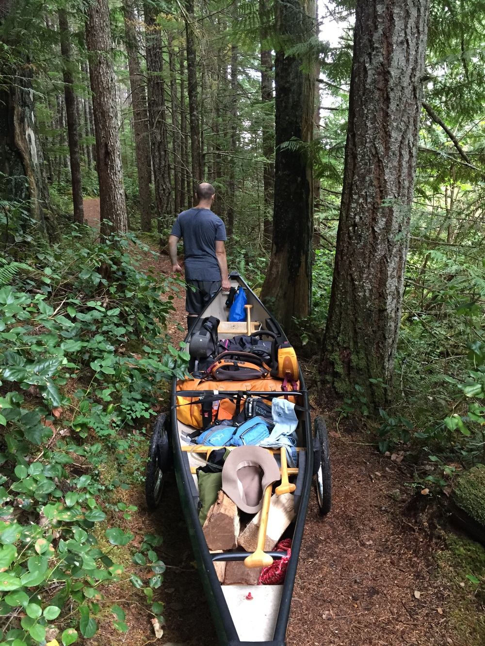 smallswell-canoe-portage-gear