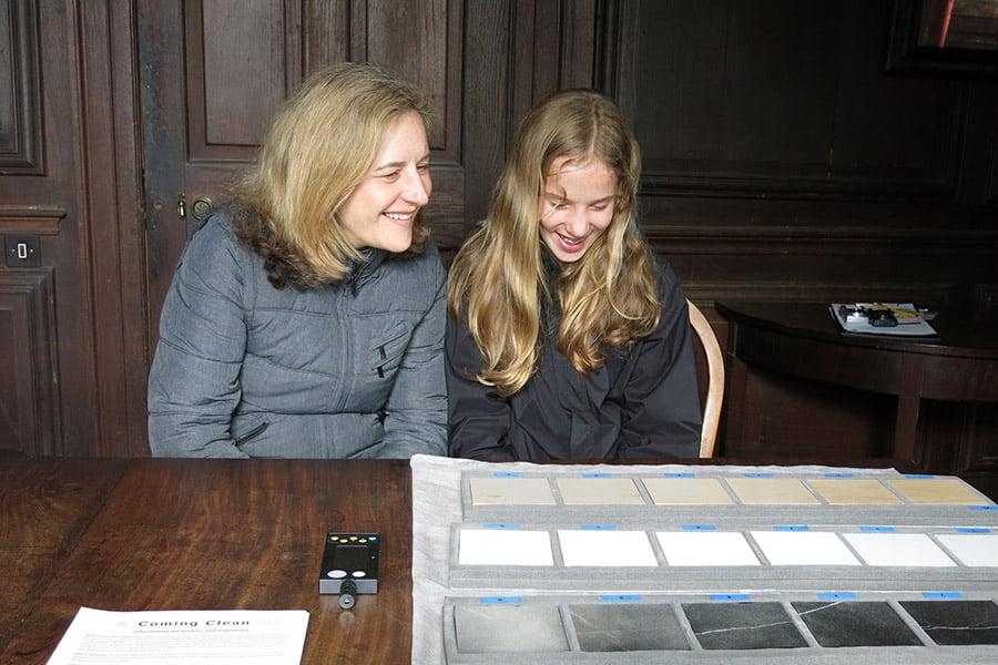Lisa-and-Freya-Pickup_web.jpg