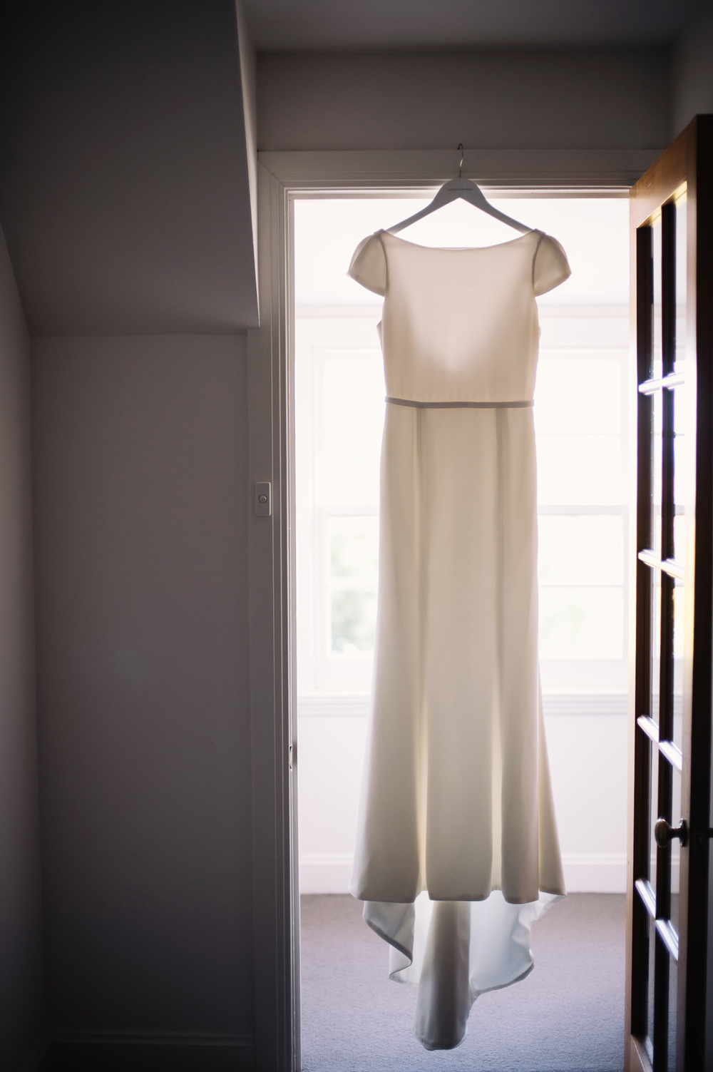 Suzanne Harwood wedding dress at Tasmanian wedding