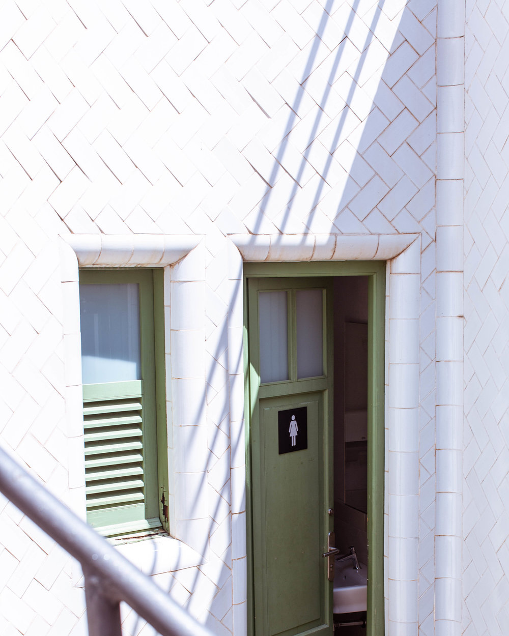 white tiles toilet (1 of 1).jpg