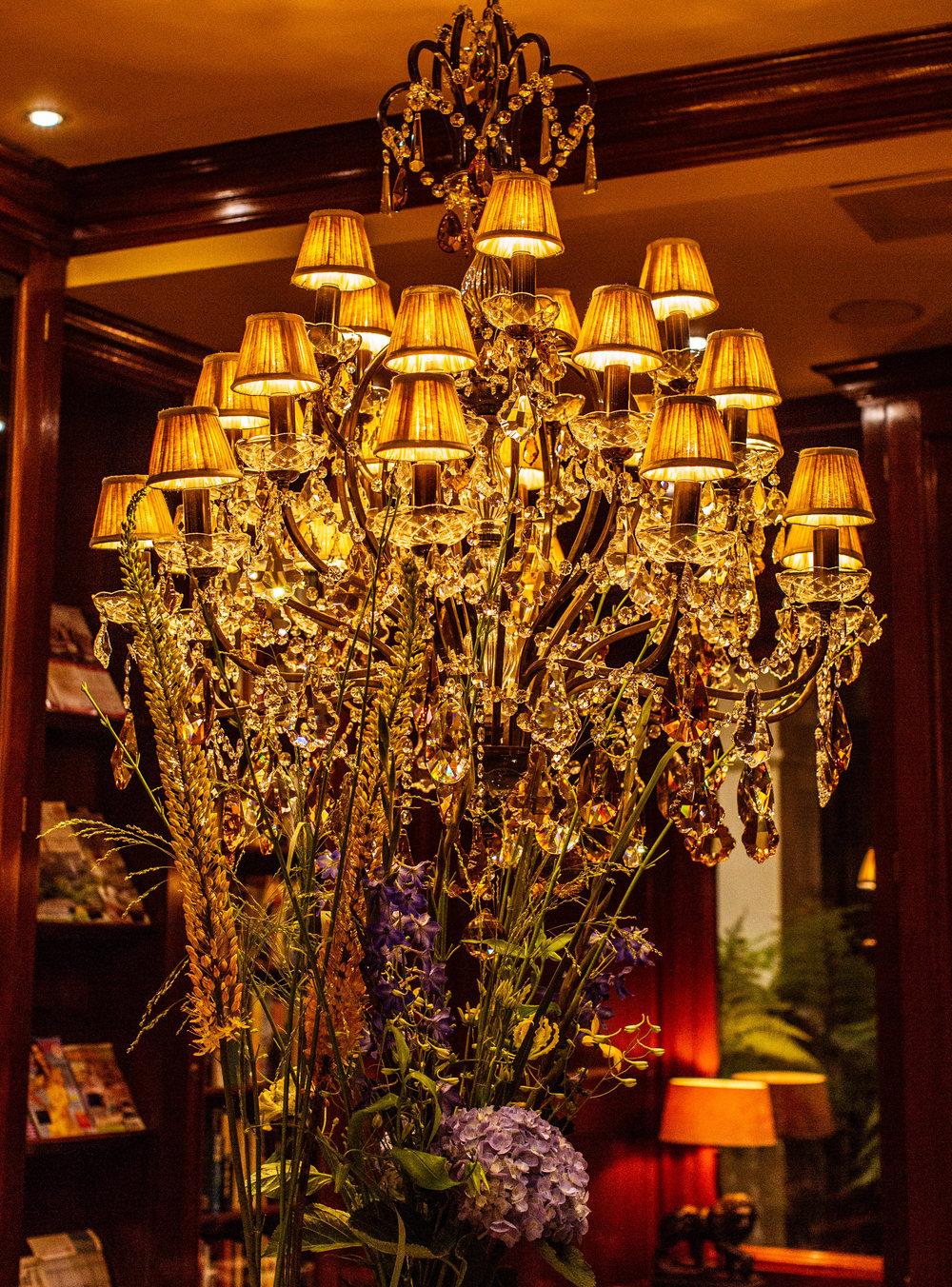hotel chandelier 2 (1 of 1).jpg