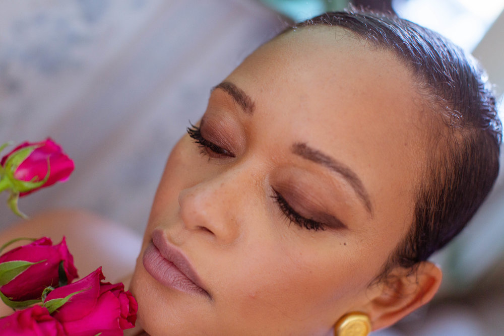 This is the first look - just eyeliner and matte eyeshadow