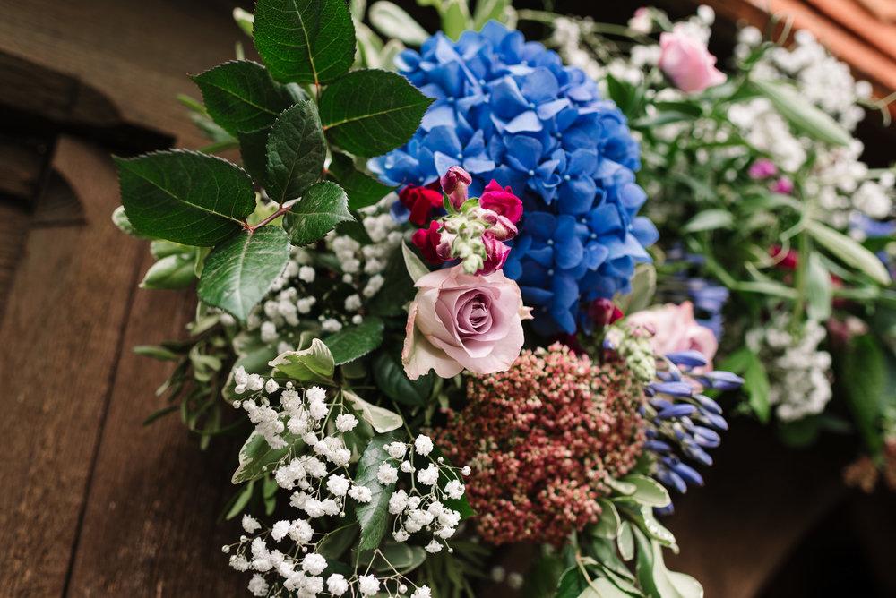 frensham-wedding-photographer-10.jpg