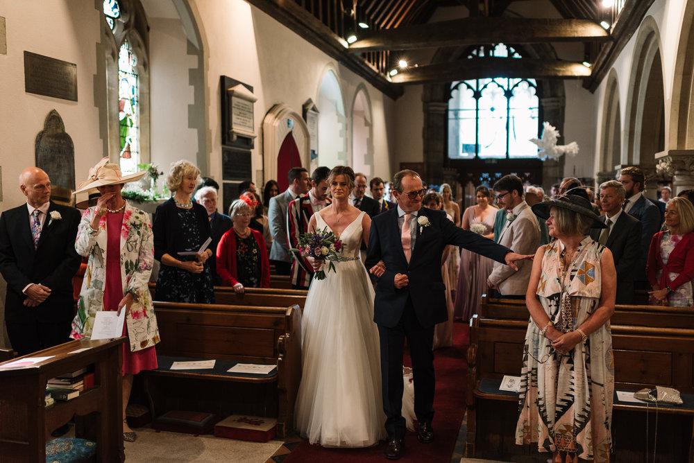 frensham-wedding-photographer-15.jpg