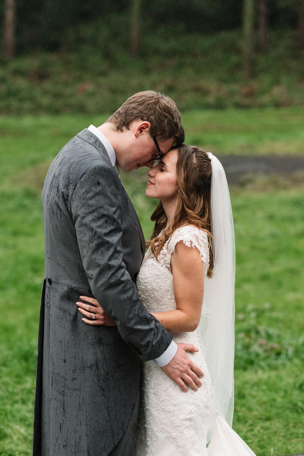 guildford-wedding-photographer-28.jpg
