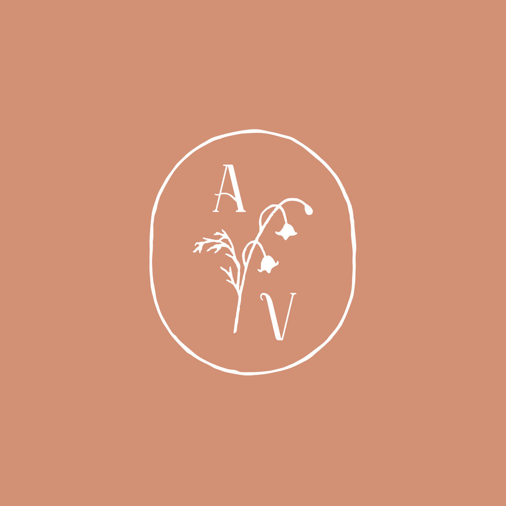 AdoredVintage-Logo-main.jpg