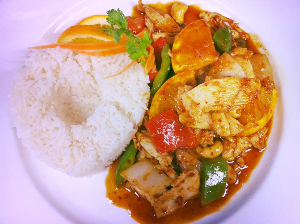 L. Cashew Nut Chicken with Rice