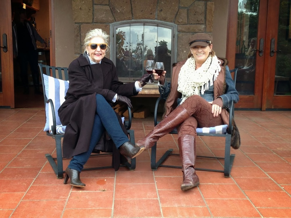 Carol & Maya enjoying a glass of wine on the patio at Alloro during Swirl's Artisan Oregon Wine Tour, October 2013