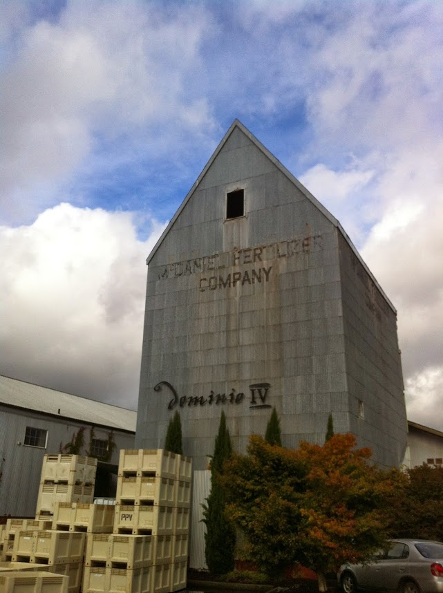 Dominio IV is housed in an old granary on the edge of McMinnville