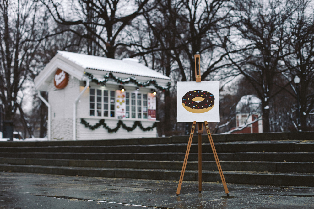Reward 🍩   Acrylic,canvas,40  ×  40 cm. December 2014
