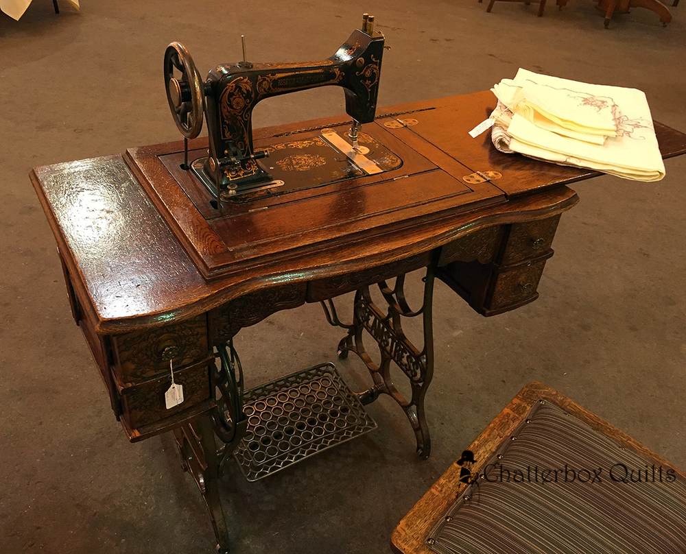 HP treadle machine.jpg
