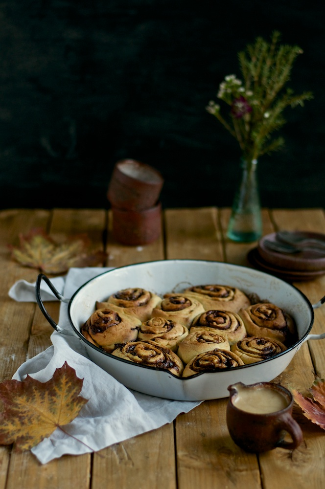Pumpkin Cinnamon Swirl Buns - Kitchen Hoopla