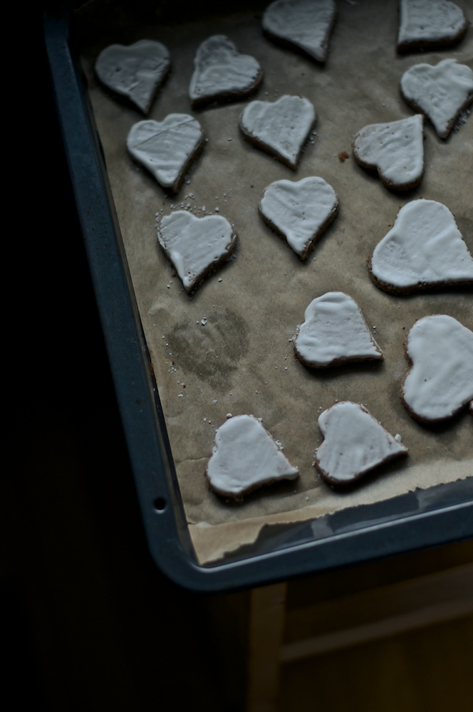 Lebkuchen & Cinnamon Hearts - First Sunday of Advent with Kitchen Hoopla