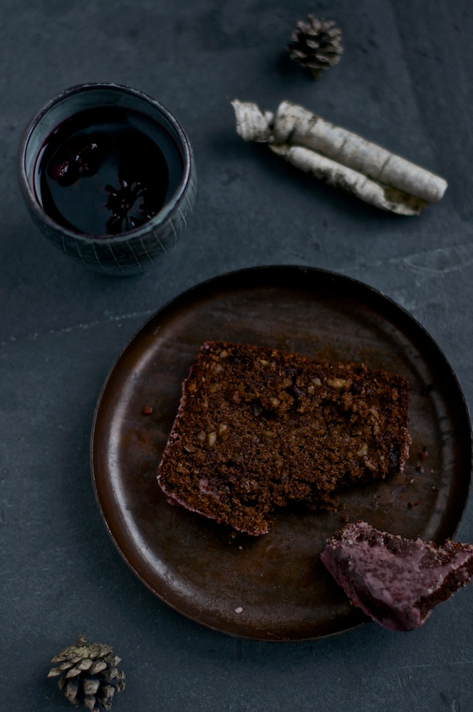Mulled Wine Chocolate Cake - Kitchen Hoopla