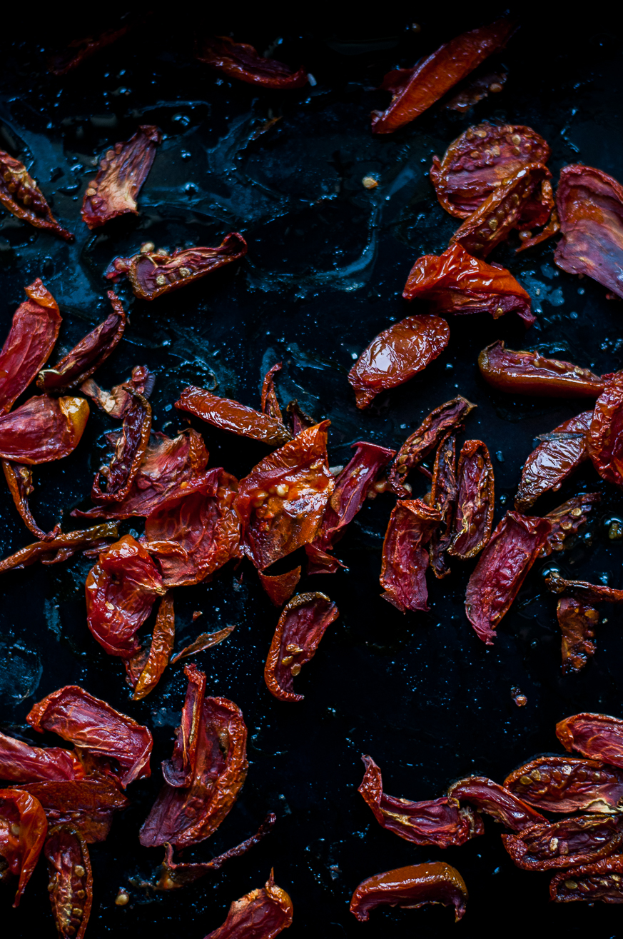Half-dried tomatoes - Kitchen Hoopla