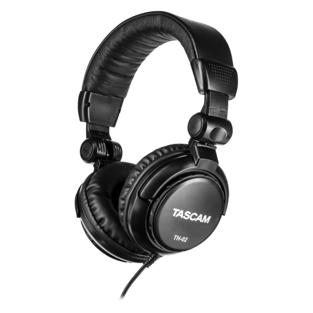Tascam_TH-02_headsetTASCAM_TH-02_1080x1080.png
