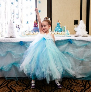 How To Throw The Perfect Frozen Party