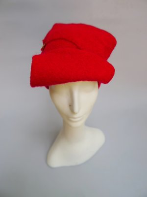 45b5a883 Eco Military Cap in Red boiled wool